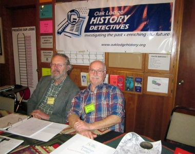 Photo of members Baldwin van der Bijl and Mike Schmeer at OLHD booth in the Milwaukie Elks Lodge